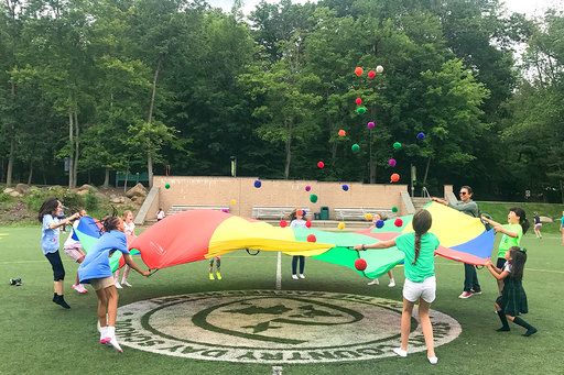Lower School students wrap up the year with an afternoon of fun in the sun!