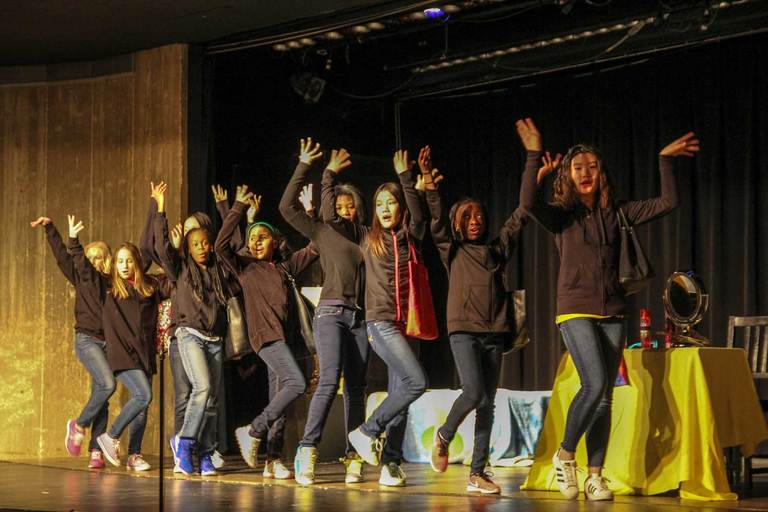 Middle School Players delight audiences with ''The Girl I Mean to B''
