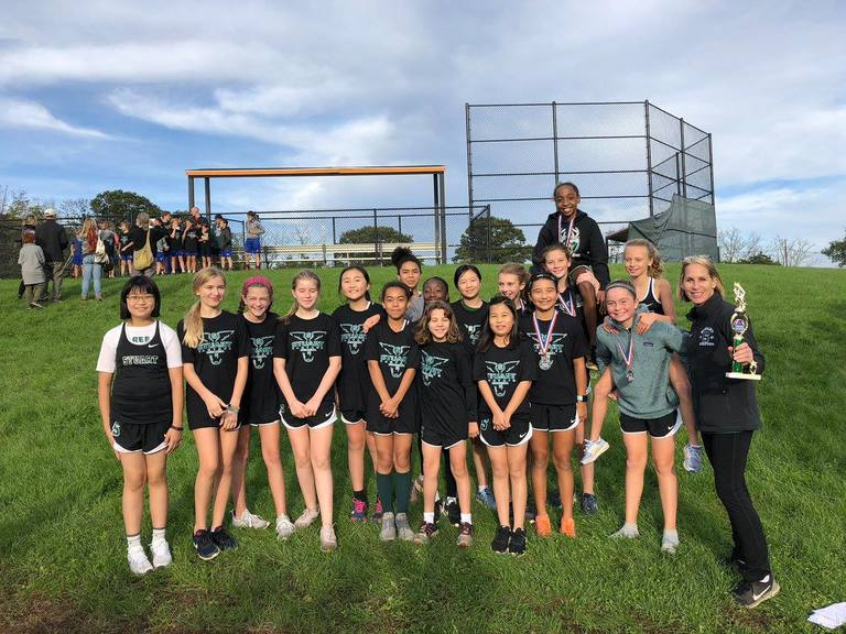 Middle School cross country takes first place in Stuart Invitational