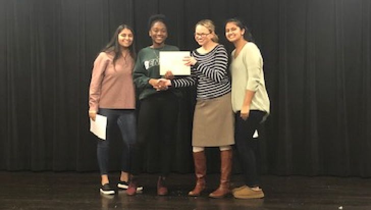 Heather Kwafo '20 wins school's Poetry Out Loud contest