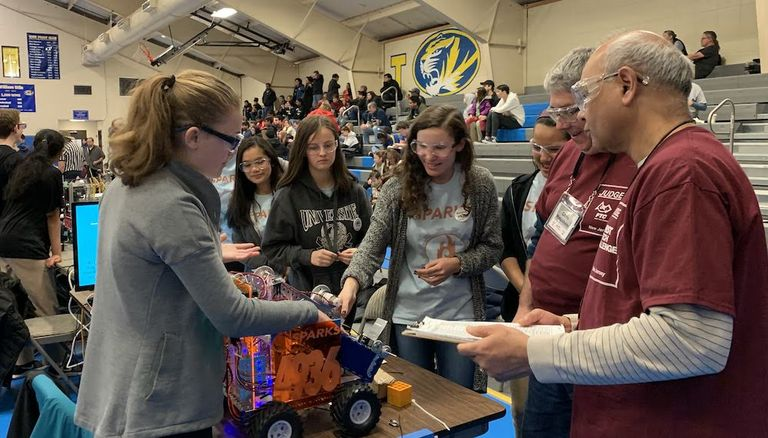 Sparks robotics team makes it to semi-final round at NJ FIRST Tech Frozen Frenzy Challenge