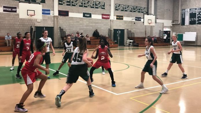 Middle School Whites basketball team improves to a 6-2 record following win against Christina Seix Academy