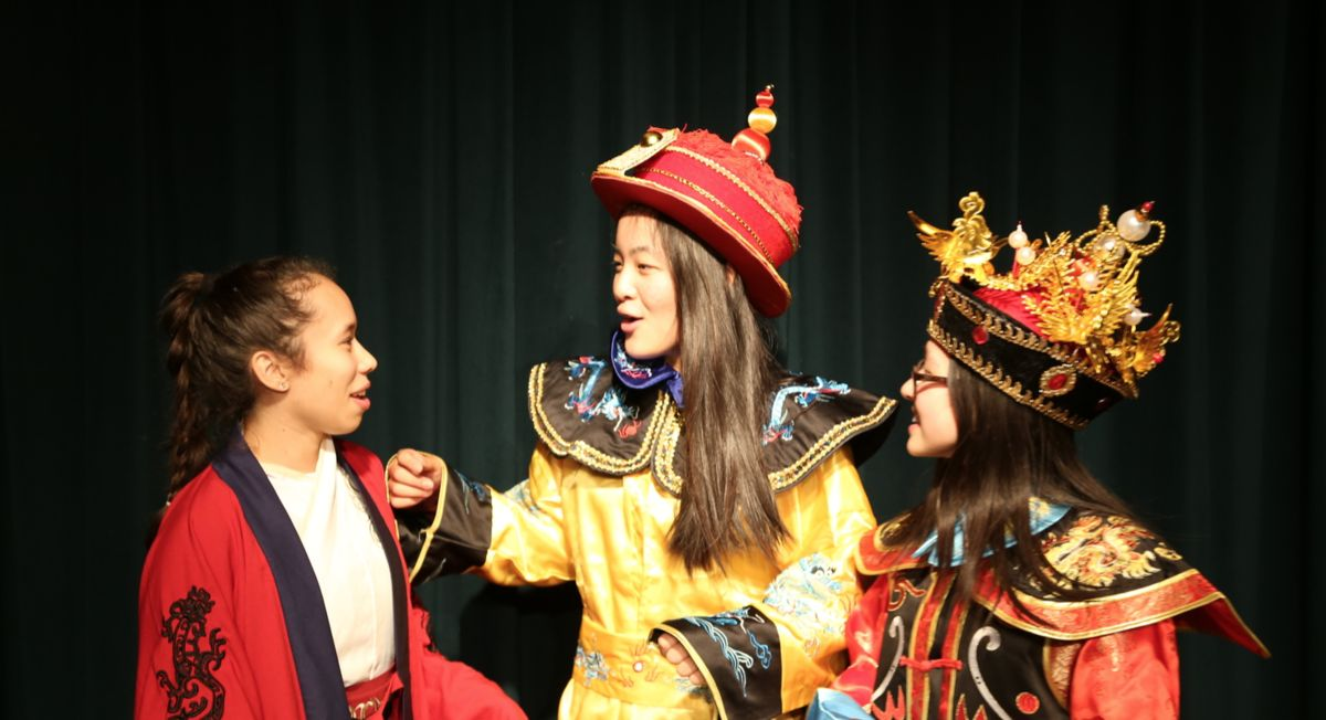 Upper School Chinese Club shares their culture and traditions with students at Chinese New Year celebration